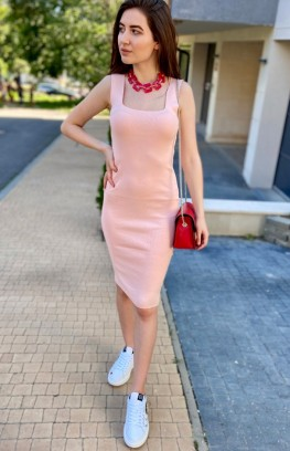Рокля в светло розово от трико