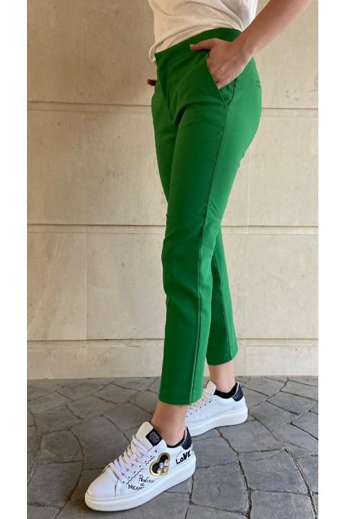 Панталон със средна талия
