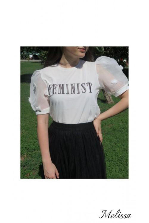 """Тениска със сив надпис """"Feminist"""""""